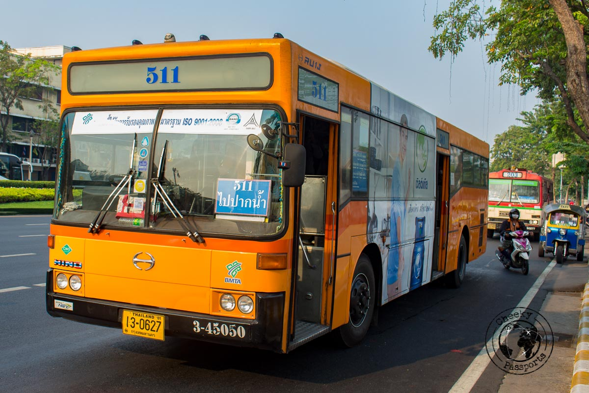 Getting around in Bangkok by bus