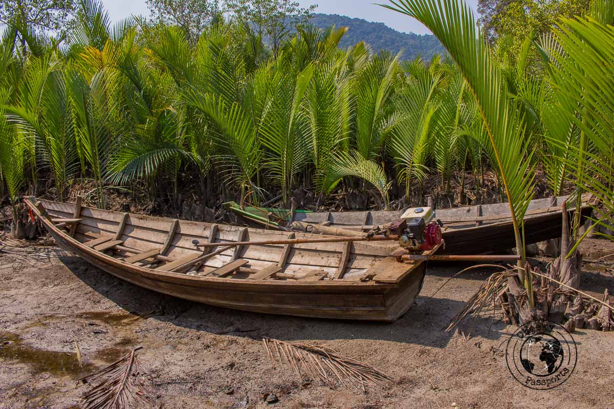 On our way to Sin Htauk beach in Dawei