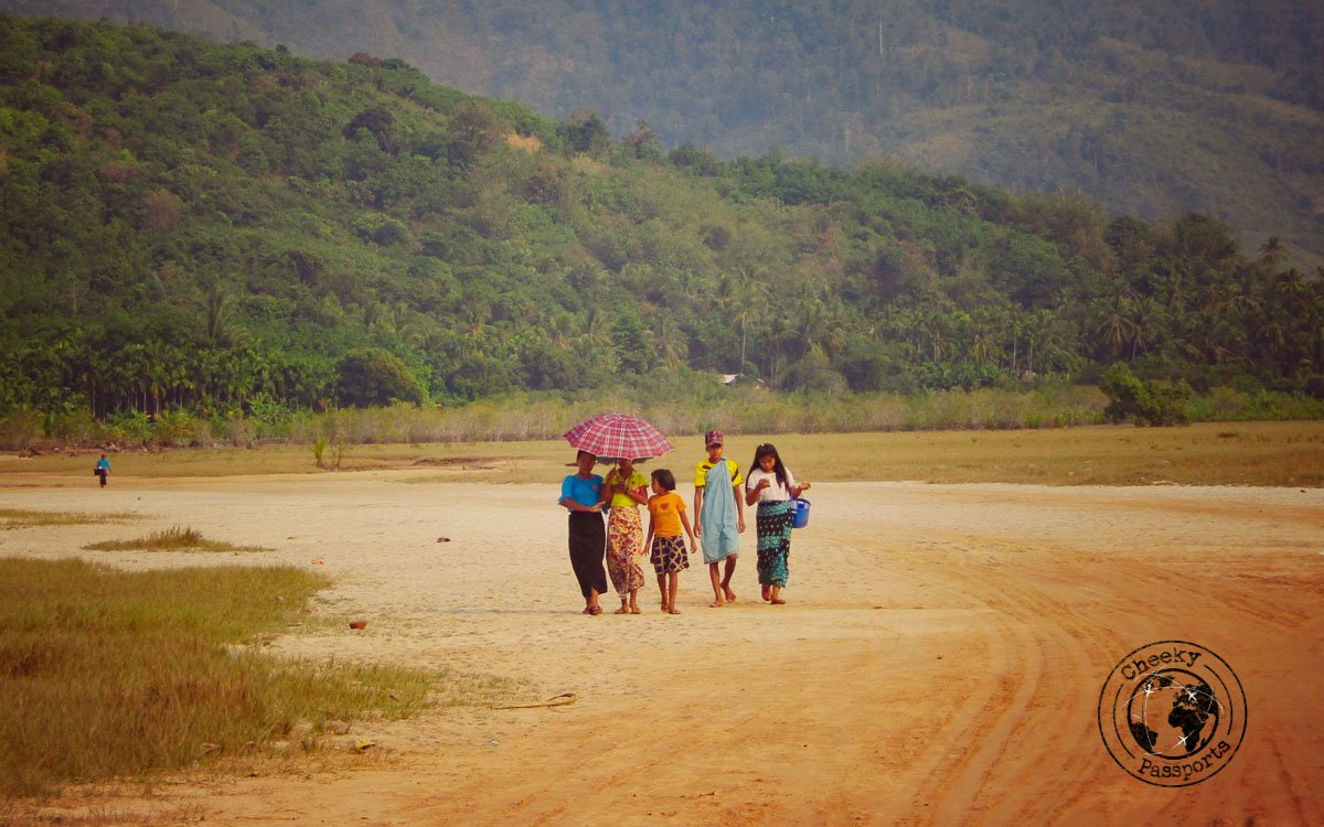 People strolling down the beaches in Dawei
