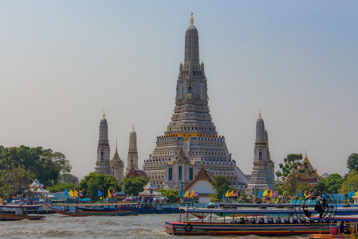 Wat Arun, temple of dawn, one of the top things to do in Bangkok in 3 days