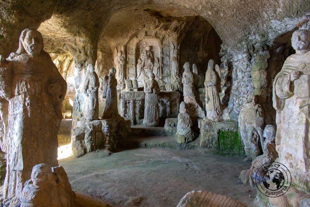 Chiesetta di Piedigrotta in Calabria