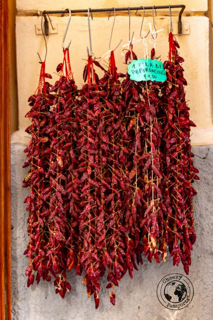 Peperoncino stands as found in Tropea