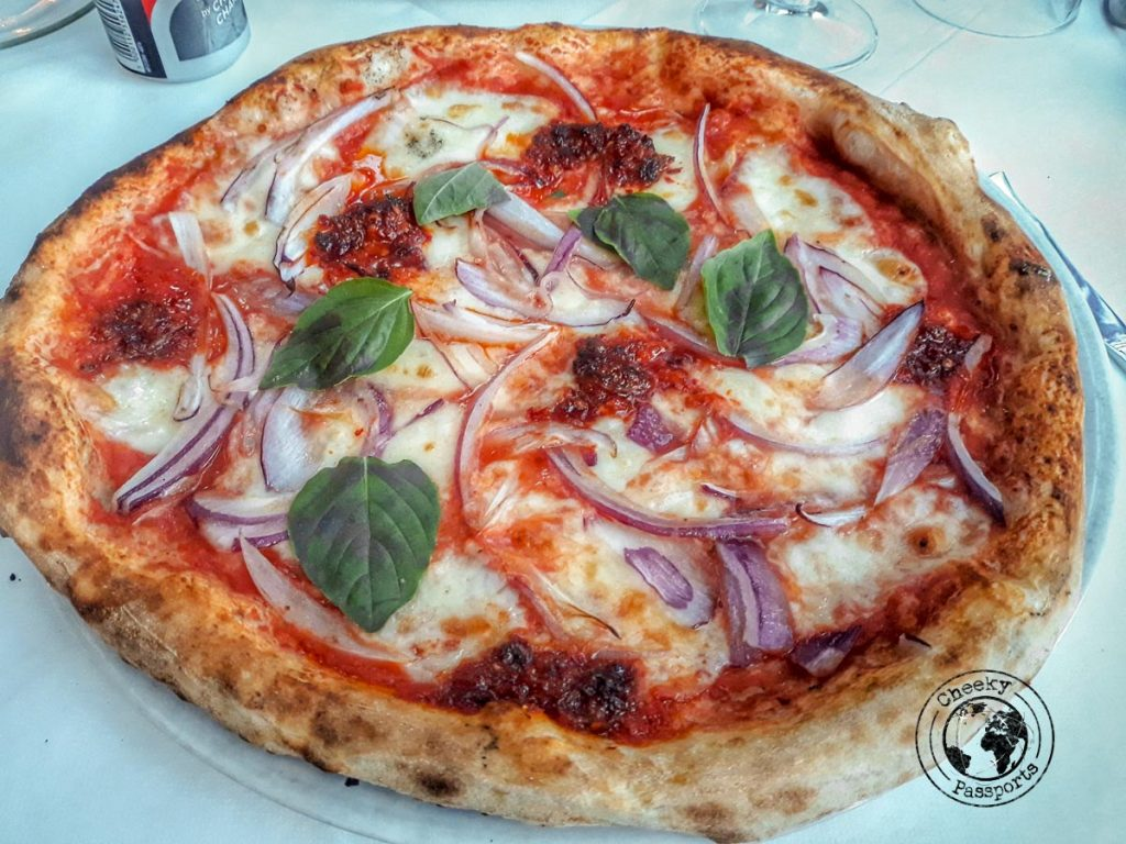 Pizza Calabrese, top things to do in tropea