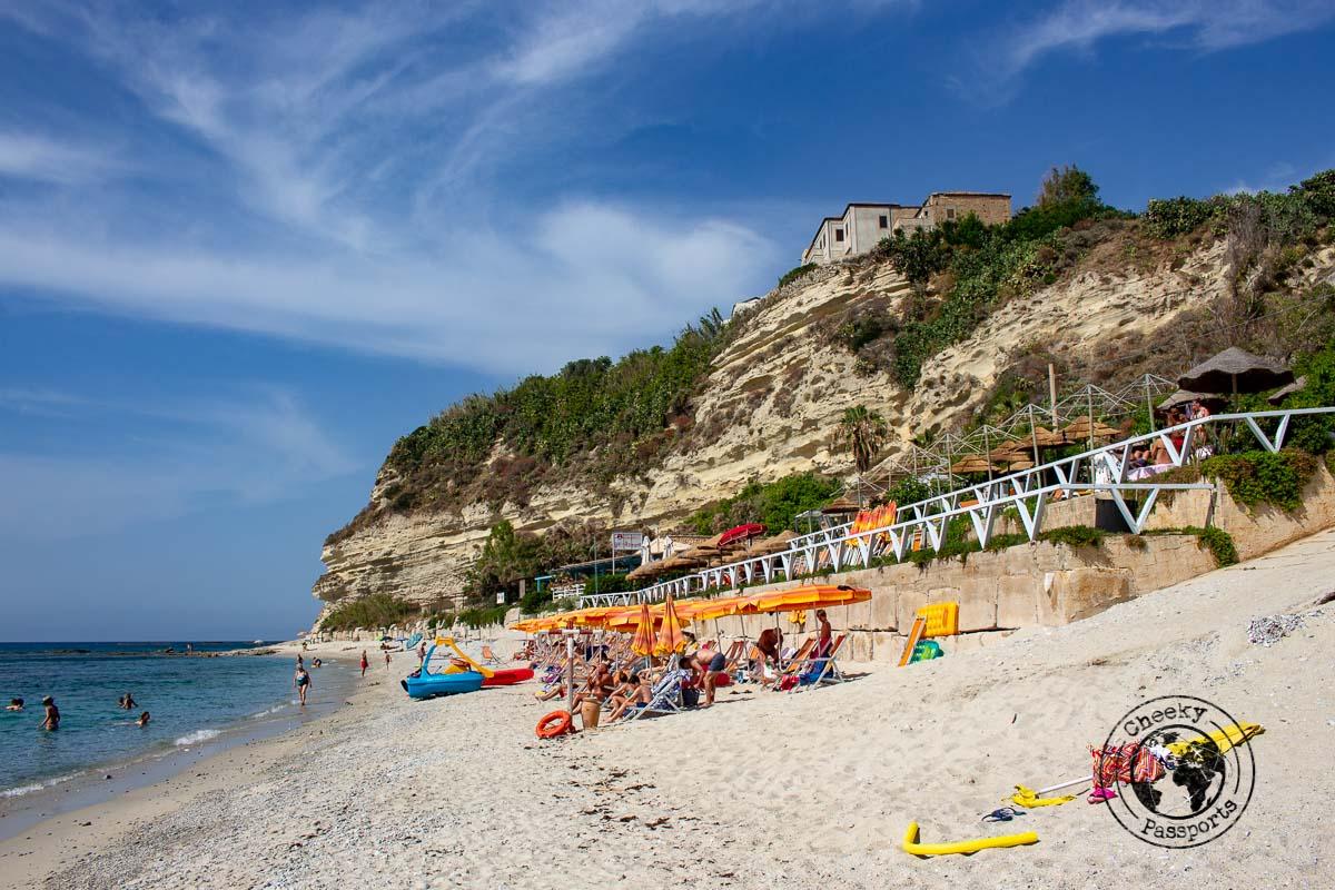 Stromboli beach - Spiaggia di torre Marino - best of tropea beaches