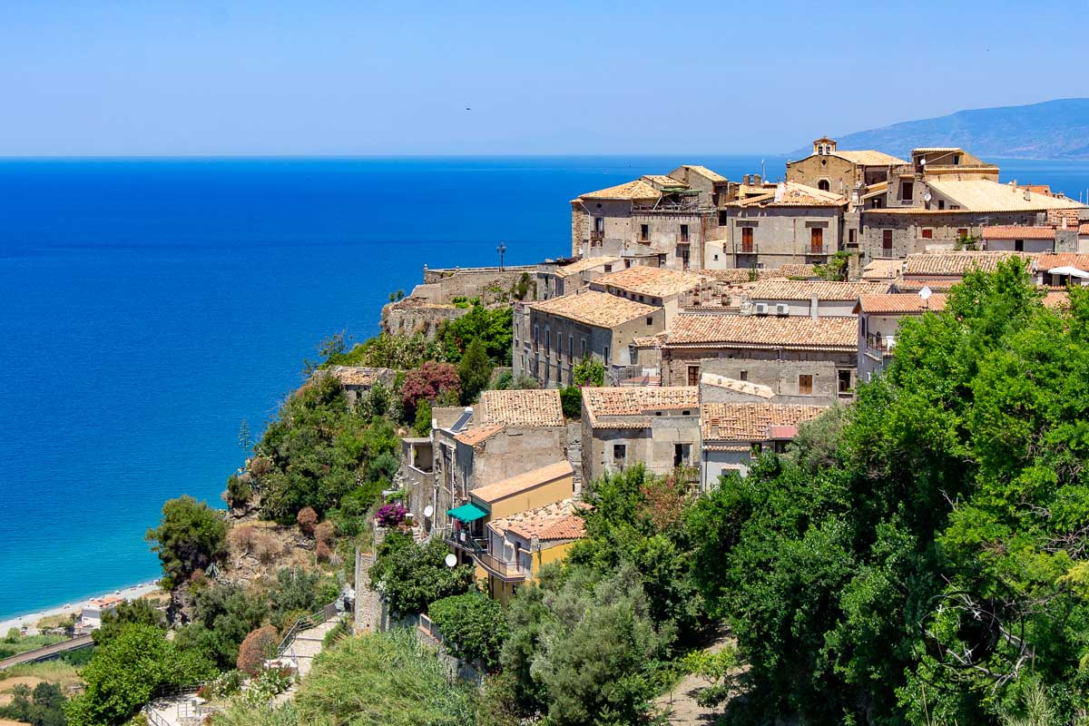 Fiumefreddo Bruzio in Calabria - top things to do in Calabria