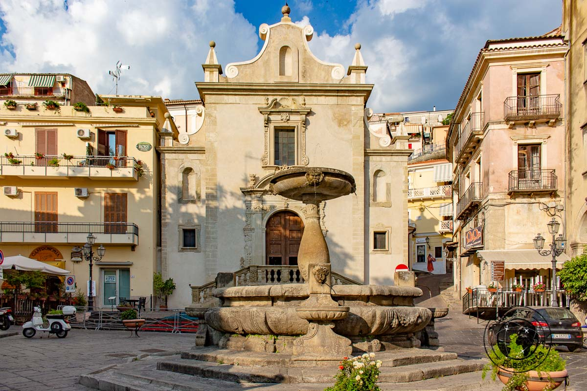 Paola Town square