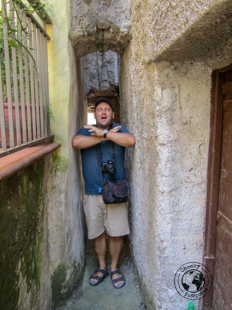 Tight alleyways of Aieta