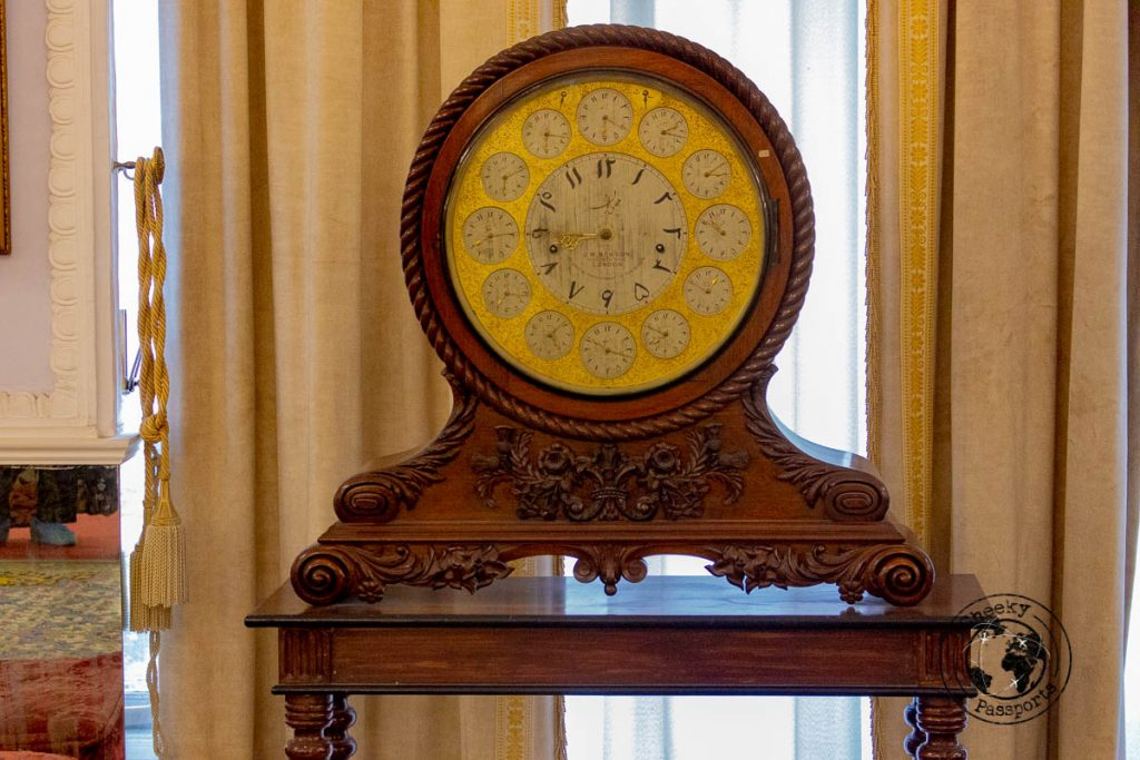 Antique clock with decal in persian - tourist attractions in Tehran