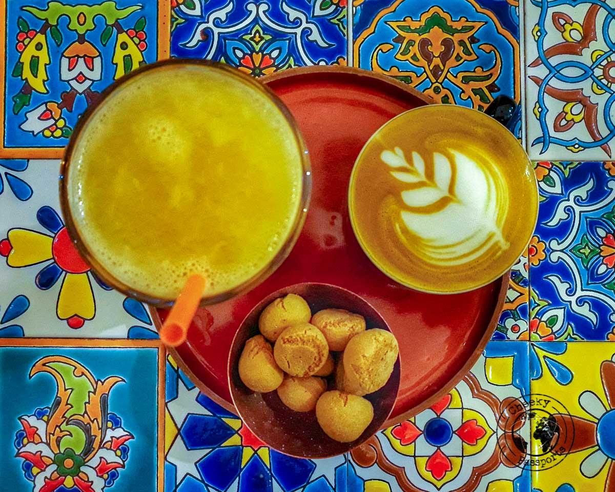 Coffee Table in Iran - Food in Iran