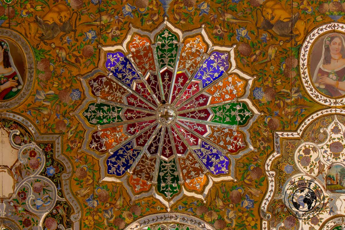 Detail at the Pink Mosque in Shiraz - The best of Iran
