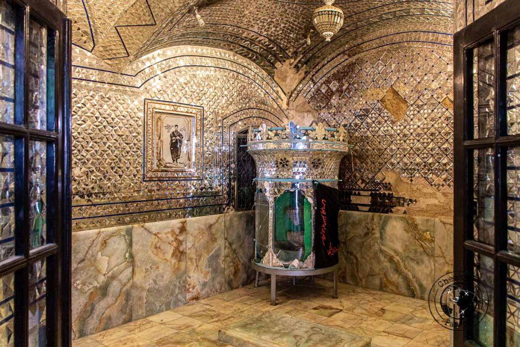 Shrine inside of Tekyeh Mo'aven Al Molk