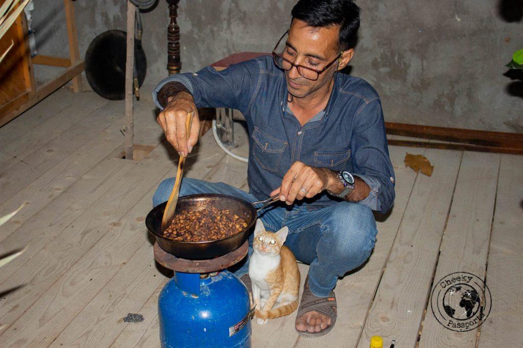 Assad's homestay - roasting coffee beans a day ahead in Qeshm island