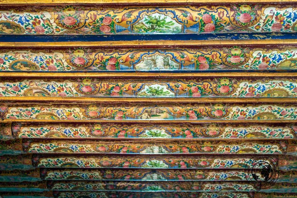 Beams of the historical house of Naranjestan Qavam