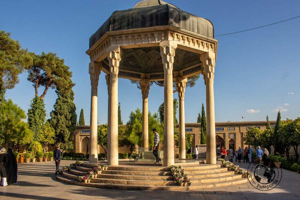 Tomb of the poet Hafez in Shiraz